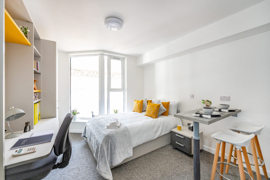 Cable-street-room-view